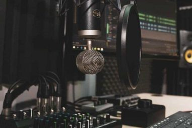 Audio Interface Vs Preamp – The Differences