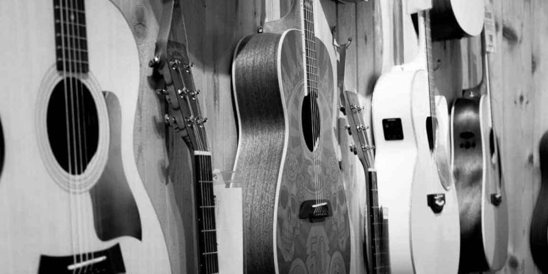 We Reviewed 8 Of The Best Guitar Wall Hangers