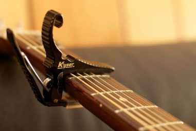 Why And How To Use A Guitar Capo