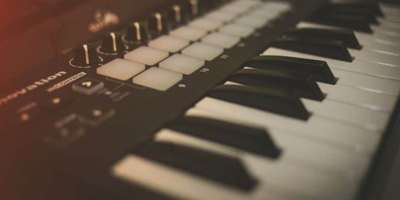 Keyboard vs MIDI Controller – Which One To Choose?