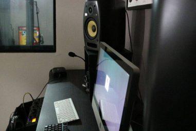 Studio Monitors vs Computer Speakers